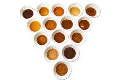 每家黑木耳汁顏色、濃稠度都不一樣  (圖片來源:中國時報/鄧博仁)